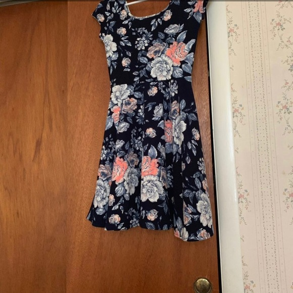Aeropostale Dresses & Skirts - aeropostale  Floral Print Dress